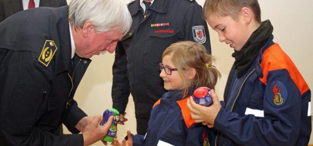 Der Oberbergische Kreis unterstützt die Kinderfeuerwehren